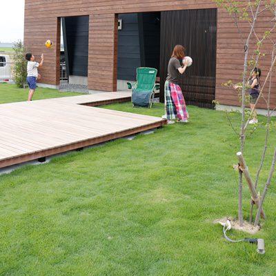 芝刈り道具のおすすめ|岡崎市・幸田町で外構・エクステリアデザインのご提案やお庭を含めた外構工事を手掛けるサンホームズ