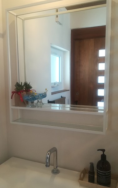 花のある生活|岡崎市・幸田町でエクステリア・お庭などの外構工事をてがけるサンホームズのトイレ。